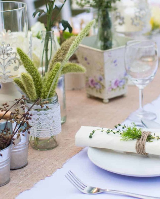 Get ideas for elaborate but easy table settings